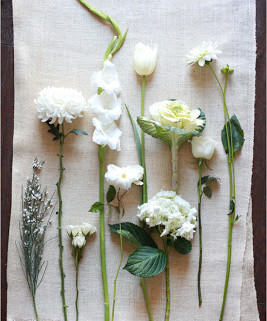 white_wedding_flowers
