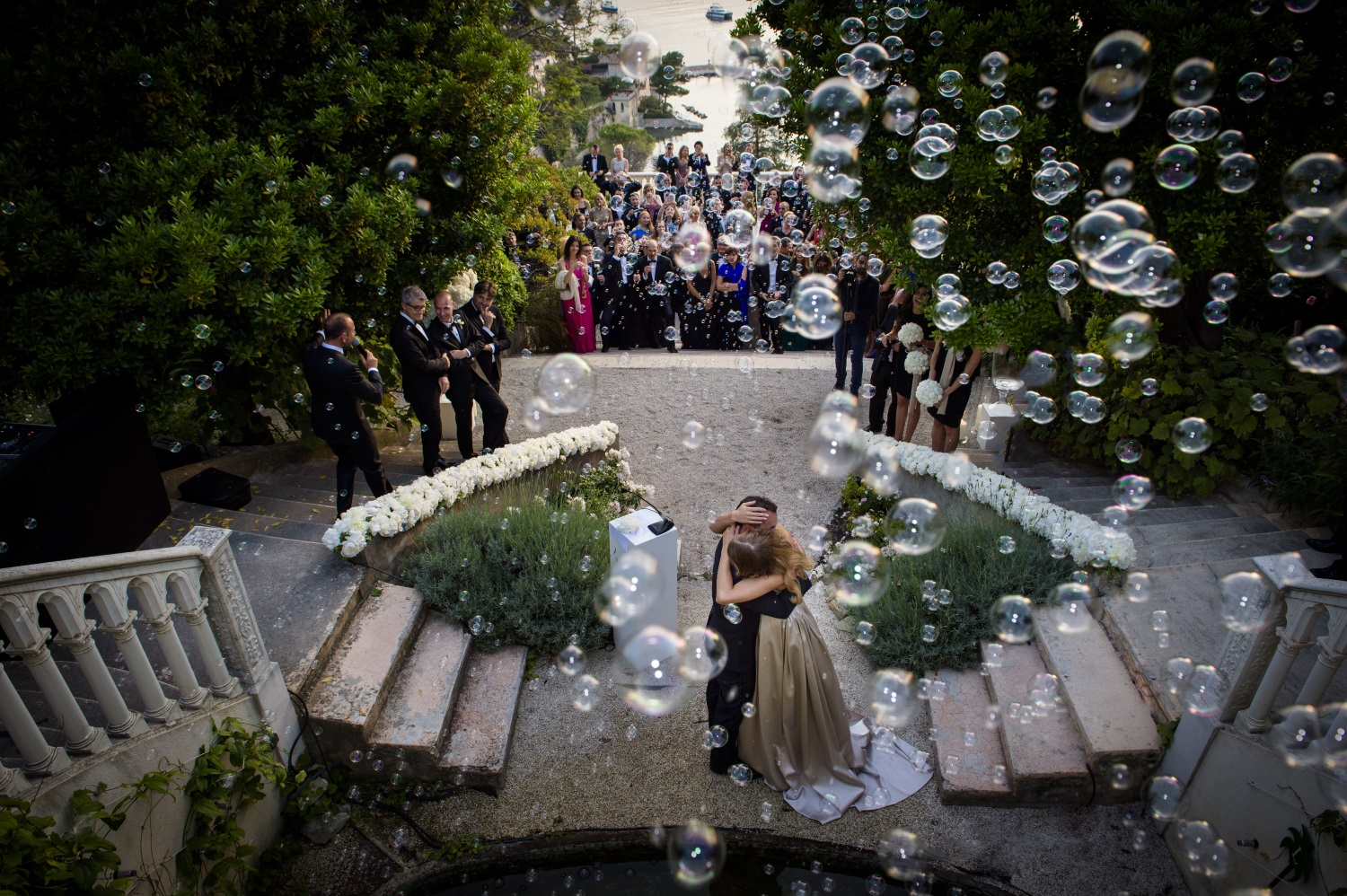 2-wedding-bubbles-giorgia-fantin-borghi-italy-france_1500